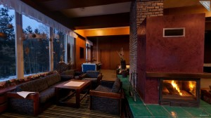 Fire place and saloon, Hotel Duo.